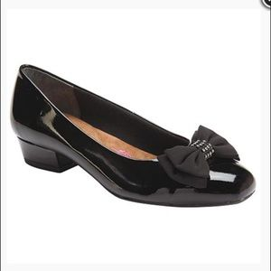 Ros Hommerson Tiana Black Patent Leather Heels